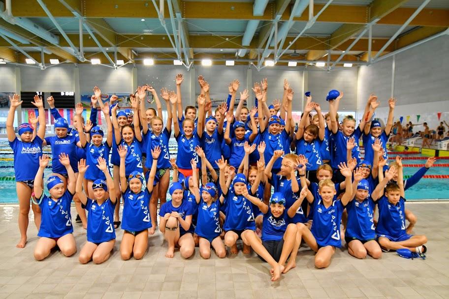 33 MEDALIT! Noored ujujad tegid kuldseid esitusi rahvusvahelisel võistlusel Klaipeda Grand Prix