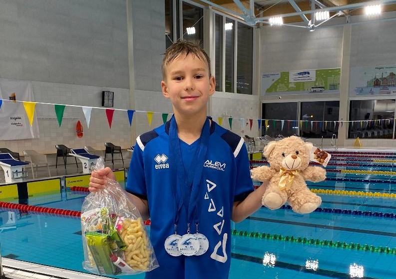 Pukk võitis Klaipeda Grand Prix avapäeval kolm kulda, medalitabelis Ujumiskool liidrikohal