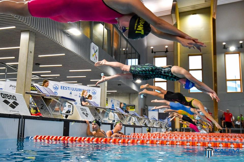 Kaheksa Ujumiskooli õpilast stardib 96. korda toimuvatel Läti meistrivõistlustel