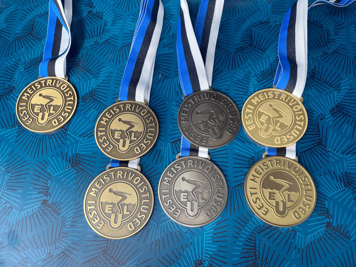 Kaare ja Paavo poodiumil Eesti avavee meistrivõistluse maratonujumise distantsil