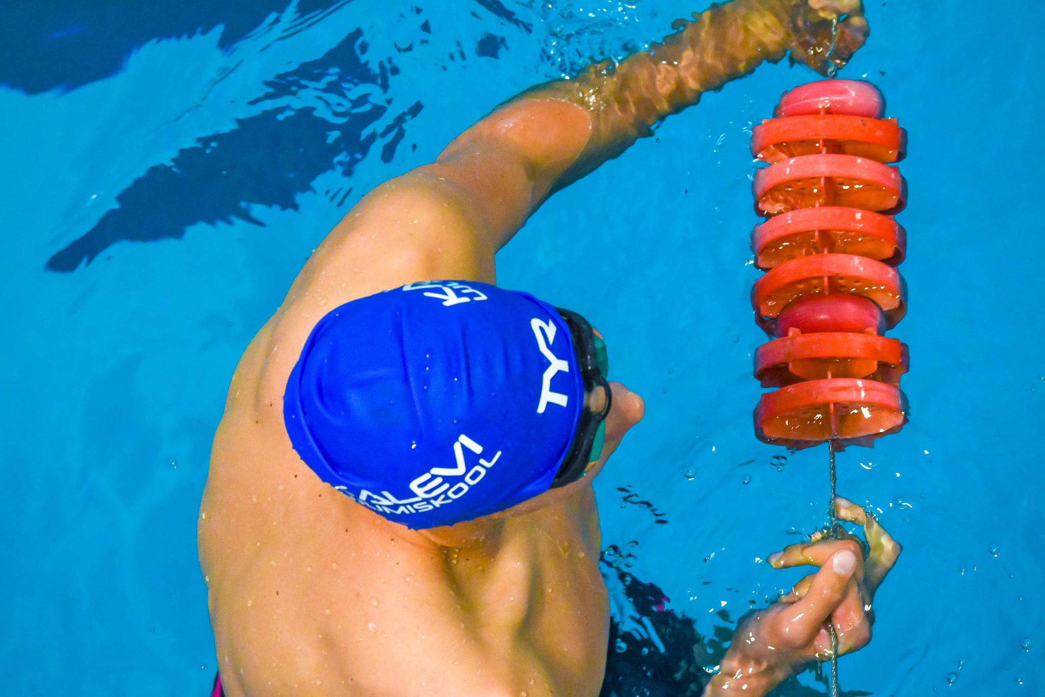 Ujumiskooli hooajalõpuvõistlusel startis ligi 200 ujujat