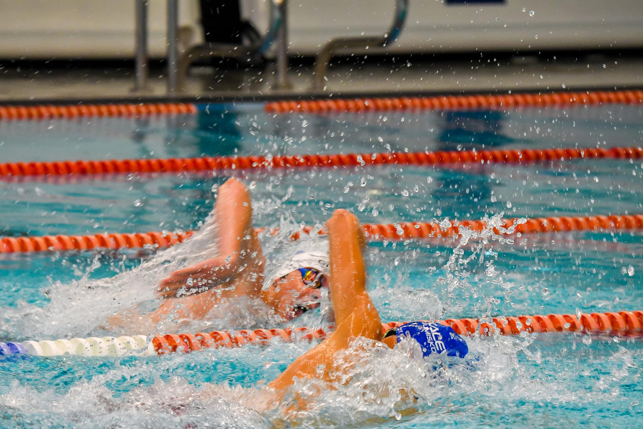 Kalevi Ujumiskooli Aastalõpuvõistlusel selgitati kõige kiiremad sprinterid